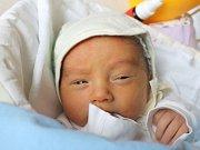Martin Fojtík se narodil 6. března, vážil 3,33 kilogramů a měřil 49 centimetrů. Rodiče Eva a Martin z Háje ve Slezsku přejí svému prvorozenému synovi hlavně zdraví.
