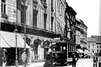 Tuto podobu měla ulice Mezi Trhy už na počátku 20. století.