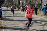 Městské sady patřily běžcům. Celkem 167 závodníků všech věkových kategorií se představilo na startu běžeckého závodu Vyběhneme za sluníčkem s opavským Nissanem.