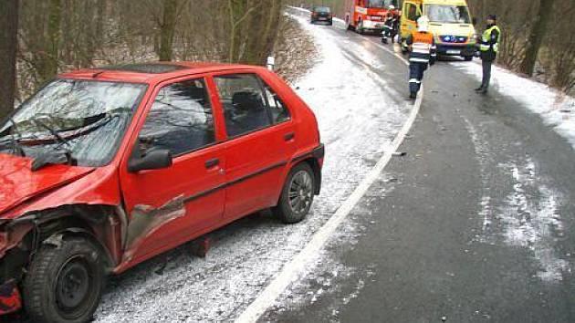 Dopravní nehoda mezi Chuchelnou a Píští.