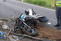 Ilustrační foto. Tragická nehoda se stala 21. června u Hořejších Kunčic. Zemřeli dva lidé.