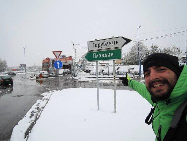 Pavel Klega se v Sofii moc dlouho nezdržel i kvůli sněhové kalamitě. Život cestovatele je holt nevyzpytatelný.