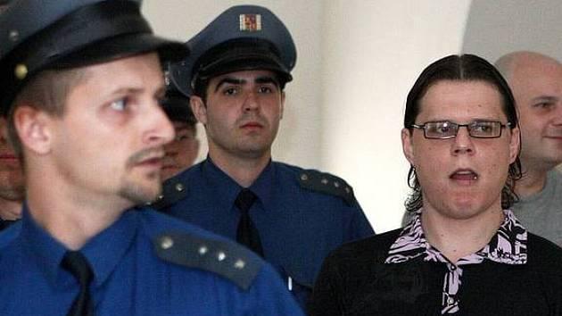 Podle žaloby je hlavním organizátorem Dominik Borůvka, který řadu let žil v Jižní Americe.