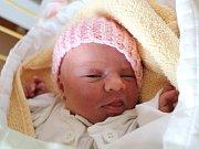 Amy Černá se narodila 12. prosince, vážila 2,51 kilogramu a měřila 46 centimetrů. Doma čeká na miminko roční Sebastien. Rodiče Lenka a Petr přejí štěstí, zdraví a lásku.