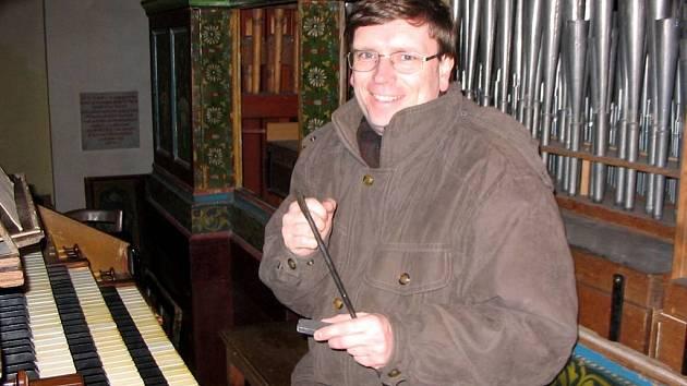 Tomáš Thon je jedním z interpretů nového hudebního nosiče Trio barokní hudby.