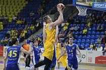 Opavští basketbalisté v předehrávce 7. kola ligy porazili doma Jindřichův Hradec 95:71. V sobotu na své palubovce přivítají USK Praha.