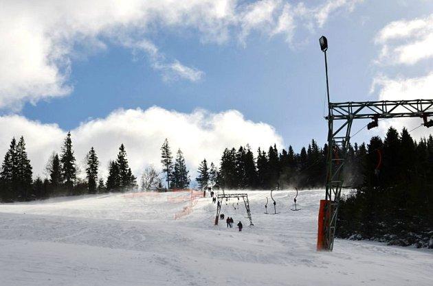 Sezona vmalých ski areálech na Opavsku většinou netrvá dlouho, a to zdůvodu nedostatku sněhu.