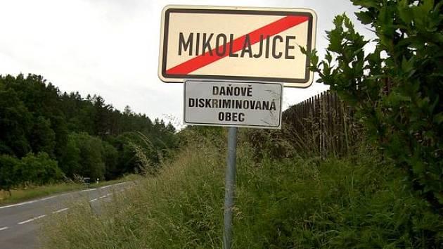 Mikolajice, daňově diskriminovaná obec.