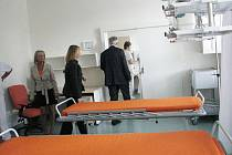Pacienty, kteří už dnes přijdou do příjmové ambulance interny, čeká krásné, nové prostředí.