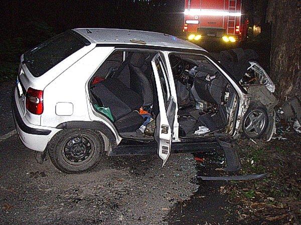 Snímek ze zásahu udopravní nehody osobního automobilu Budišov nad Budišovkou – Podlesí.