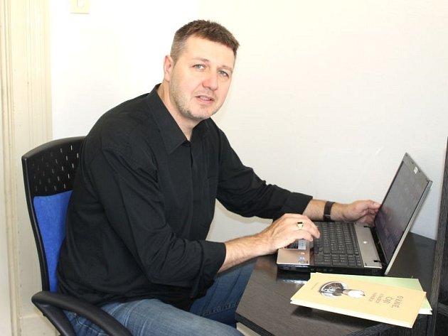 Alexandr Burda, pedagog Ústavu lázeňství, gastronomie a turismu FPF SU, je iniciátorem vydání Slezské kuchařky.