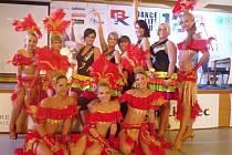 Taneční škola při HOLOS Centru v Opavě zaznamenala v uplynulých dnech velký úspěch na Mistrovství České republiky v tanečních formacích latino show a POM POM, které se uskutečnilo v Babylon Centru v Liberci.