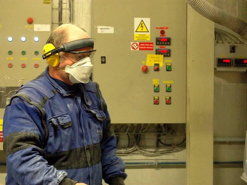 Zaměstnancům, které čeká propouštění, se snaží firma pomáhat s hledáním nové práce.