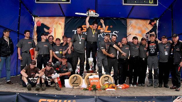 Účastníci mistrovství České republiky v dřevorubeckém sportu se utkali v hlučínském sportovním areálu.