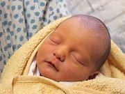 Radek Machala se narodil 14. února, vážil 3,10 kilogramů a měřil 49 centimetrů. Rodiče Petra a Bronislav z Bolatic přejí svému prvorozenému synovi do života zdraví, štěstí, lásku a Boží požehnání.