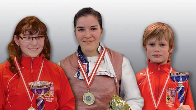 Zlatí opavští medailisté z Vídně – zleva Klára Lasáková, Eva Havránkova a Ondřej Lasák.