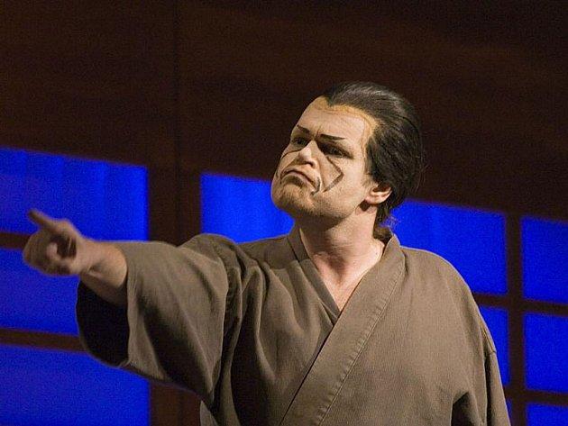 Michal Pavel Vojta, který ztvární titulní roli operety Paganini, je znám divákům z různých divadelních představení.