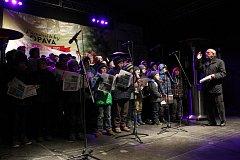 V opavě se znovu budou vánoční písně zpívat na Dolním náměstí, přítomen bude také sbormistr Karel Kostera.