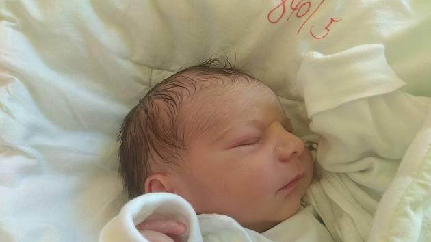 Michael se narodil 16. října 2019, vážil 2,78 kilogramu a měřil 48 centimetrů. Rodiče Gabriela a Vladislav z Vítkova přejí svému prvorozenému synovi do života hlavně zdraví a štěstí.