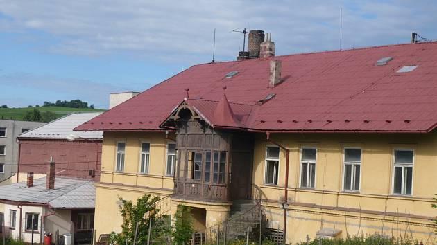 Budova pivovaru je jednou z dominant města. Její současný stav však není dobrý.