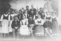 DIVADELNÍ soubor, rok 1918.