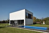 Kompaktní dům se nachází v Krnově.