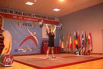 Irena Tchurzová z Ludgeřovic, úřadující mistryně světa masters ve vzpírání.