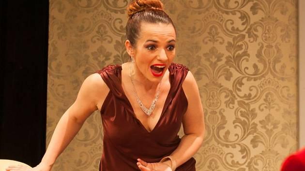 Sabina Muchová jako Chris.