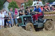 Větřkovické traktoriády se letos zúčastnil rekordní počet diváků, přesahující dvanáct stovek lidí.