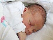 Karolína Bátorová se narodila 27. listopadu, vážila 3,35 kilogramu a měřila 51 centimetrů.  Rodiče Veronika a Milan Bátorovi z Jakubčovic přejí miminku zdraví, štěstí a lásku. Na miminko už se doma těší bráškové Lukášek a Šimonek.