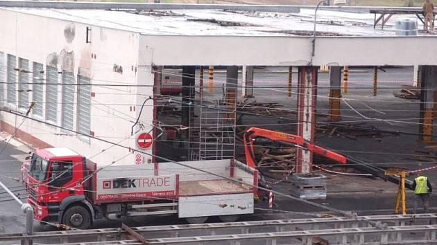 Nová hala dopravního podniku, která se nachází v kylešovickém depu, bude zprovozněna pravděpodobně koncem listopadu.