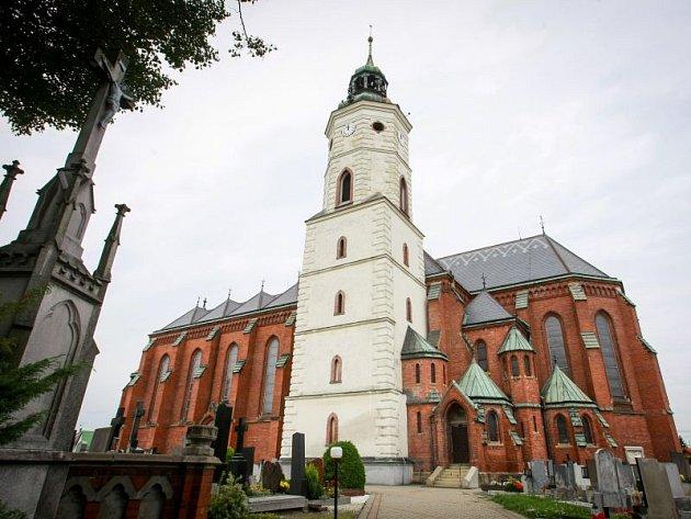 Kostel sv. Bartoloměje v Kravařích.