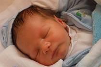 Adam Klose se narodil 12. srpna, vážil 3,83 kilogramů a měřil 52 centimetrů. Rodiče Simona a Robert z Opavy jsou na svého syna moc pyšní a přejí mu do života jen to nejlepší.