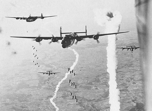 Letecká eskadra B24. Ilustrační foto.