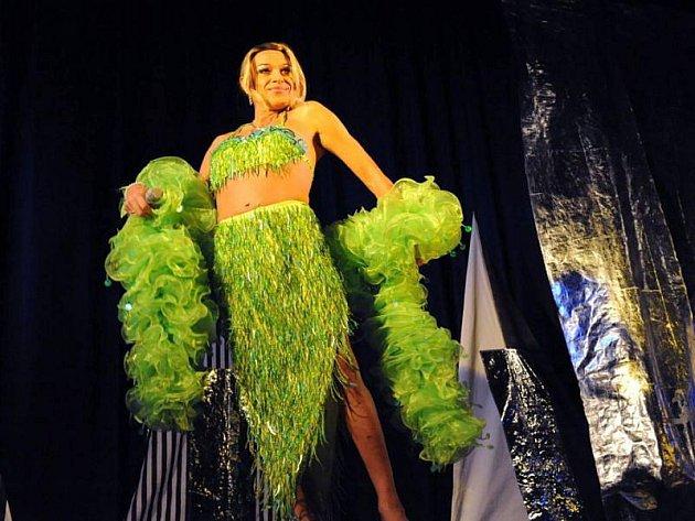 Screamers v příštím roce oslaví patnáct let své existence a uvedou svůj nový program Patnáct let v dámských šatech.