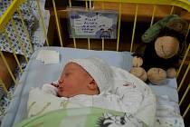 Štědrovečerní miminko Filip Rodek se narodil mamince Lucii a tatínkovi Petrovi vporodnici Slezské nemocnice přímo o Štědrém večeru.