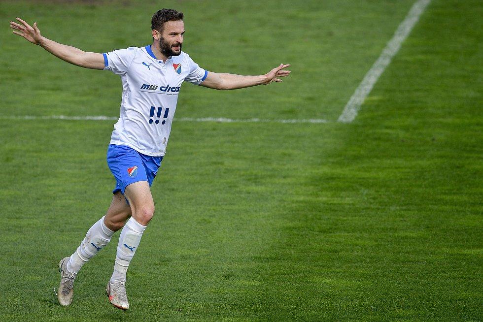 Utkání 26. kolo první fotbalové ligy: FC Baník Ostrava – SFC Opava, 10. dubna 2021 v Ostravě. Tomáš Zajíc z Ostravy se raduje.