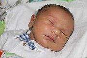 """Samuel Gorol se narodil 21. března, vážil 4,01 kilogramu a měřil 50 centimetrů. """"Je to naše první miminko. Přejeme štěstí, zdraví a lásku,"""" uvedli rodiče Patricie Olahová a Tomáš Gorol z Opavy."""