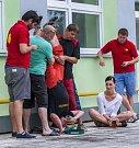 První srpnový týden je v Opavě, jako již tradičně, povoleno se divit. Osm týmů se utkává v recesistických soutěžích, které mají za úkol především pobavit nejen diváky, ale také samotné soutěžící.
