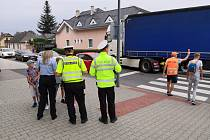 Bezpečnost na přechodech hlídají i opavští policisté.