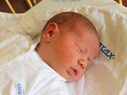 Matěj Kabašta se narodil 24. října, vážil 3,90 kilogramů a měřil 51 centimetrů. Rodiče Tereza a Marek z Bolatic mu do života přejí zdraví a štěstí. Na Matěje se už doma těší sestřička Ema.