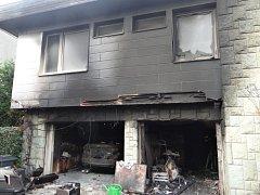 V Hlučíně hořely garáže. Škoda přesáhla milion korun.