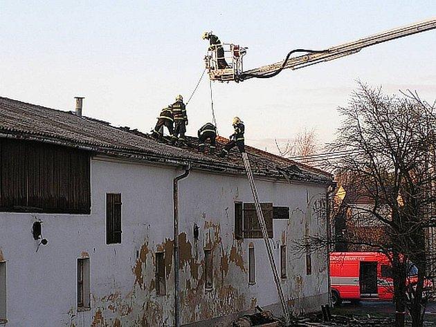 Požár stolařské dílny v Kamenci.