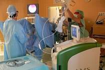 Operace prostaty novou metodou. Moderní technologie ušetří pacientům zbytečné trápení.
