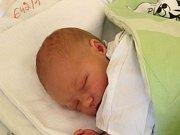 Daniel Boháč se narodil 1. srpna, vážil 3,67 kilogramů a měřil 51 centimetrů. Rodiče Lenka a Martin z Kravař mu do života přejí hlavně štěstí a zdraví. Na Daniela už doma čeká sestřička Valentýnka.