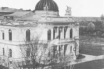 Výstavní budova vpolovině 19. století.