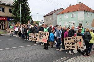 Blokáda silnice v Dolním Benešově