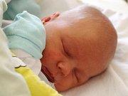Lukáš Meister se narodil 30. října, vážil 3,81 kilogramu a měřil 52 centimetrů. Rodiče Andrea a Vladimír z Opavy svému prvorozenému synovi přejí, aby byl v životě zdravý a šťastný.
