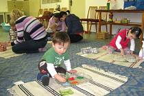 Montessori pedagogika je údajně uplatnitelná na všech typech škol.