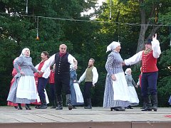 Folklorní soubor Ischias se dostal na festival díky náhodě, vystoupení to bylo premiérové, ale festivalu si všichni užili.
